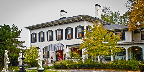 Dine Around The Lakes - Maxwell Mansion